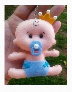 Felt Easy Moldes and Handouts: Felt Baby Baby Shawer, Felt Baby, Doll Crafts, Baby Crafts, Moldes Para Baby Shower, Fleece Crafts, Felt Doll Patterns, Felt Decorations, Felt Fabric