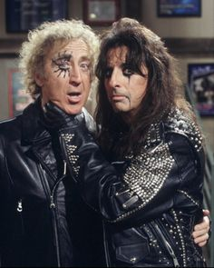 """Gene Wilder & Alice Cooper in tv sitcom, Something Wilder the episode (""""Hangin' With Mr. Cooper"""", aired March when Gene unexpectedly finds himself cast in a television appearance promoting Cooper's new hit single. Cooper then moved in as his neighbor. Alice Cooper, Rock N Roll, Cinema, Poster S, The Villain, Celebs, Celebrities, Famous Faces, Rock Music"""