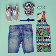 Calling all dudes for #festival essentials! What will you be sporting for #foreverfest? #MCM