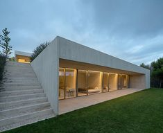 A modern and minimalist villa situated on a hillside property in Pamplona, Spain. The team of Pereda Pérez Arquitectos has designed this modern home in Minimalist House Design, Minimalist Architecture, Modern Architecture House, Modern House Design, Architecture Details, Interior Architecture, Pamplona, Concrete Interiors, Concrete Architecture
