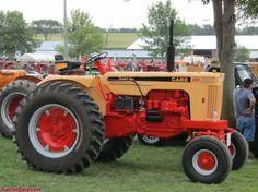 What a beauty J. Antique Tractors, Vintage Tractors, Vintage Farm, Antique Cars, Case Ih Tractors, Old Tractors, Old Farm Equipment, Heavy Equipment, Rv Motorhomes