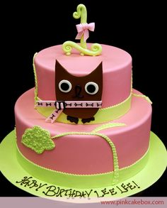 I desperately want a reason to make an owl cake for a little girl!