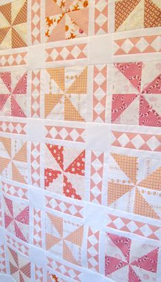 I had the great pleasure of making a quilt for The Cake Mix Quilt Along hosted by the Fat Quarter Shop. The Cake Mix Quilt Along features The Cake Mix Quilt Book: Volume One by It's Sew Emma!This Qui Pink Quilts, Baby Girl Quilts, Boy Quilts, Girls Quilts, Scrappy Quilts, Star Quilts, Quilting Tutorials, Quilting Projects, Quilting Designs