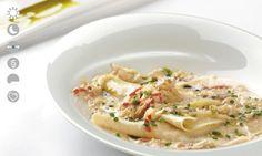 Ravioli abierto con hinojo, cangrejo y prosciutto.