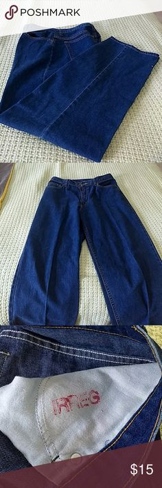 L.L. Bean Jeans Size 12 Irregular Small pin hole by zipper, (view pic #5). Otherwise very good condition  Please view all pictures before buying. L.L.Bean Jeans