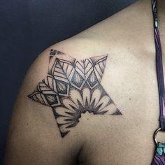 Star dots work tattoo by Miss Sita  @ 109.es