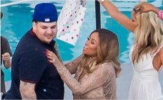 Blac Chyna and Rob Kardashian loved up at her baby shower (See Photos)