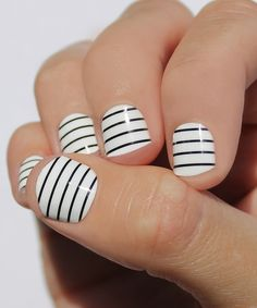 Black & White Skinny Stripe Nail Wraps