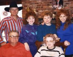 Anissa jones and brother paul anissa died at 18 of an for How many kids does reba mcentire have