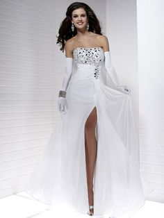 Absorbing Simple Design Chiffon A-line Nice Beads Working Prom Dress