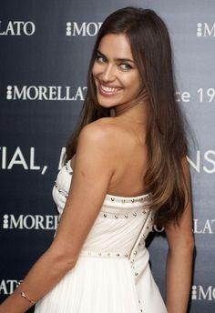 Irina Shayk Long Straight Cut - How gorgeous are Irina's soft chestnut locks?
