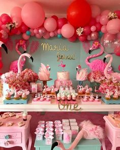 Omg my dream party ! Tag us on flamingo pics to be flamazing together Happy Birthday Flamingo, Pink Flamingo Party, Flamingo Baby Shower, 1st Birthday Girls, First Birthday Parties, First Birthdays, Festa Party, Luau Party, Havanna Party