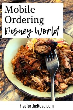 How to Use Disney Mobile Ordering on Your Disney World Vacation | Step by step for how to use Mobile Ordering at Disney World for your Walt Disney World trip. Learn more at FivefortheRoad.com. All Disney Parks, Disney World Tickets, Disney World Vacation Planning, Disney Vacation Club, Disney World Florida, Walt Disney World Vacations, Disney Travel, Florida Vacation, Trip Planning
