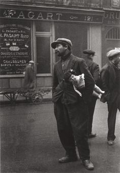 Alfred Eisenstaedt, A Man Trying to Sell a Child's Doll, Paris, 1930's