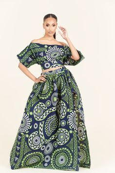 African Dresses For Women, African Wear, African Attire, African Women, African Fashion, Ankara Fashion, Styles Ankara, Skirt Fashion, Dress Up