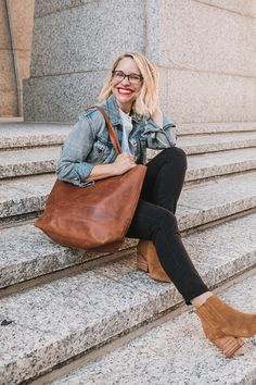Our best-selling tote year after year. Shop the Mamuye—it's a favorite for a reason. Fall Fashion Colors, Teacher Outfits, Distressed Leather, Piece Of Clothing, Slow Fashion, Business Casual, Beautiful Outfits, Fall Outfits, Confidence