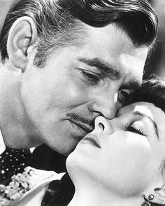 Gone With The Wind- Can't get much more Vintage Hollywood Glam then Clark Gable & Vivian Leigh<3