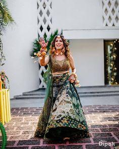 (C) Jasmine | (C) Dipakstudios | (C) Sulakshanamonga Mehendi Outfits, Indian Outfits, Couple Goals, Jasmine, Bohemian, Bride, Couples, Videos, Pretty