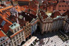 チェコ プラハの天文時計台からの市街