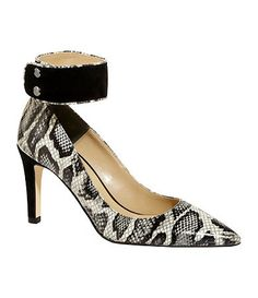 J. Renee showin OUT with these python pumps!!