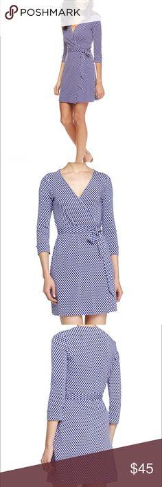DVF Wrap Dress DVF Jungle Diamond Wrap Dress in size 2 brand new with tags! Diane von Furstenberg Dresses