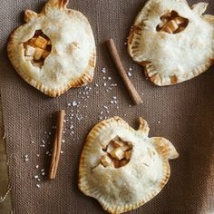 Mini salted caramel apple pies- a miniature take on pie!