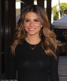 Glam: The brunette beauty left her tresses to fall in voluminous waves around her shoulder and added a smokey eye to her television make-up The Brunette, Brunette Beauty, Hair Beauty, Maria Menounos Hair, Red Stiletto Heels, Honey Hair, Red Hair Color, Hair Dos, Pretty Hairstyles