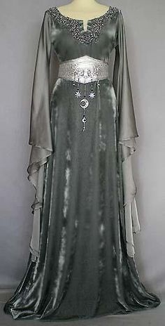 wiccan dress | Wiccan -- Clothing for a Goddess / . i love this!