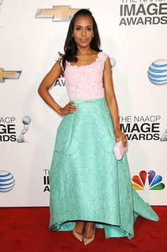 Kerry Washington, star of D'Jango Unchained', donned a stunning Oscar de la Renta Spring 2013 gown at the 44th NAACP Image Awards. The off-the-shoulder pink floral guipere (perfectly matched to her Kotor clutch) and aqua ornamental cloque gown featured a rise-and-fall hemline that showed off her simple nude pumps.