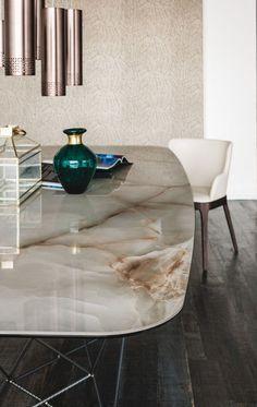 Cada decoración de lujo debe tener una mesa hermosas y con color para dar vida a tú casa. Ver más aquí