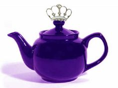 Tea time with a crown in deep, regal purple. Only queens and princesses invited to this tiara tea party! Purple Love, All Things Purple, Shades Of Purple, Purple Stuff, Purple Glass, Color Lavanda, Purple Kitchen, Kitchen Colors, Teapots Unique