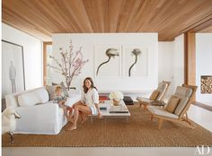 Reverse... wood on ceiling on concrete on floor  16 Living Rooms with Sophisticated Beach Decor Photos | Architectural Digest