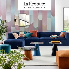 Découvrez la tendance New Seventies House Furniture Design, House Design, Interior Styling, Interior Design, Poster Design, Small Garden Design, Photoshop Design, Design Thinking, Cottage Chic