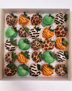 Safari Baby Shower Cake, Baby Shower Treats, Safari Party, 2nd Birthday Party For Girl, Jungle Theme Birthday, Birthday Ideas, Chocolate Dipped Strawberries, Chocolate Covered Strawberries, Lion King Baby Shower