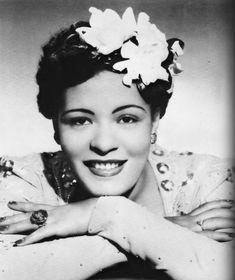 Billie Holiday cambiaba los tonos para ajustarlos a su forma de entender el jazz y le quitaba las líneas rectas a las canciones.