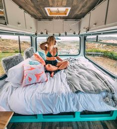 Makes living in a campervan look so comfortable! I love this interior with all of the windows! Looks like a great adventure. Makes living in a campervan look so comfortable! I love this interior with all of the windows! Looks like a great adventure. Bus Camper, Camper Life, Happier Camper, Kombi Home, Bus Living, Van Home, Van Interior, Interior Ideas, Bus Life