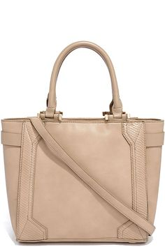 Anyone with a stylish eye will be giving the Eye for Detail Taupe Handbag a…