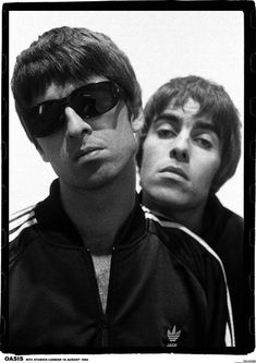 Oasis Noel and Liam Gallagher London 1994 Poster Band Posters, Cool Posters, Music Posters, Mtv, Oasis Album, Freddie Mercury Tattoo, Oasis Band, Liam And Noel, Liam Gallagher Oasis