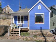 www.casabluparkcity.com  Casa Blu! A Main Street historic miner's cottage and vacation rental in Park City, Utah