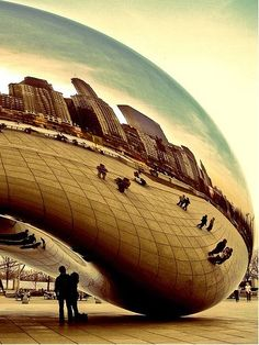 "Reflecting Back: The Huge Bean of Chicago, Illinois [Frequently seen/mentioned in the ""Divergent Series""]"