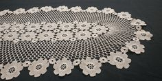 A gorgeous vintage handmade crochet doily centerpiece. Filet pattern with charming floral appliques at the center and at the edge. A handmade rustic touch for any corner of your house. Vintage Cross Stitches, Blue And White China, Cotton Thread, Lace Knitting, Crochet Doilies, Embroidered Flowers, Vintage 70s, Free Gifts, Centerpieces