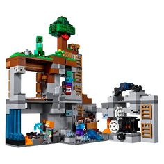 Buy LEGO Minecraft 21147 Bedrock Adventures from our Construction Toys range at John Lewis & Partners. Lego Minecraft, Minecraft Shops, Minecraft Video Games, Minecraft Creations, Steve Minecraft, Minecraft Buildings, Buy Lego, Model Train Layouts, Funny