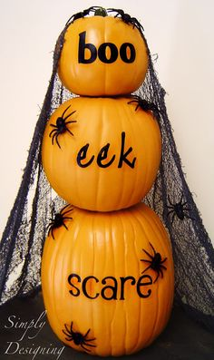 Simply Designing with Ashley: Boo, Eek, Scare - Stacking Pumpkins