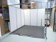 Cableflor | Shell scheme stand design - Exhibition stand design