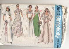 Vintage 6940 Simplicity 1960s Bridal, Bridesmaid or Prom Dress Sewing Pattern Simplicity Pattern Company http://www.amazon.com/dp/B00HVHM66Q/ref=cm_sw_r_pi_dp_ffwowb089QSQ6