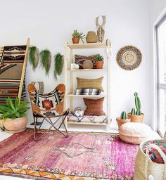 Pillows and blankets bohemian house, boho room, bohemian interior, living r Bohemian Interior, Home Interior, Bohemian Decor, Modern Bohemian, Boho Chic, Bohemian Apartment, Bohemian House, Bohemian Design, Shabby Chic