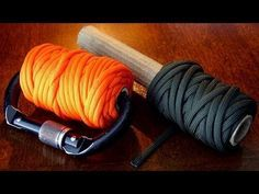 Zigzag spooling paracord.