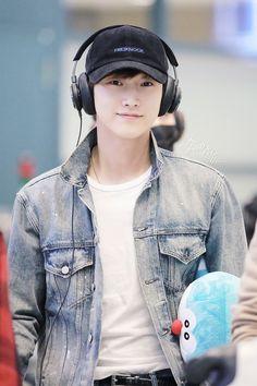#JINYOUNG #B1A4 B1a4 Jinyoung, Kim Yoo Jung, Handsome Korean Actors, Actor Photo, Kdrama Actors, Ulzzang Boy, Pop Singers, Youngjae, Fangirl