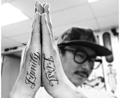 Family First Lettering tattoo on Hands by Dr Woo - Lettering - - Letter Tattoos Letter Tattoos On Hand, Finger Tattoos Words, Side Hand Tattoos, Hand Tattoos For Guys, Hand Tats, Family First Tattoo, Family Tattoos, Bild Tattoos, Body Art Tattoos