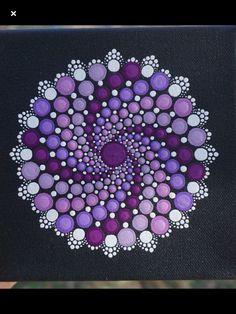 Great way to finish a spiral mandala. Mandala Design, Mandala Art, Mandala Canvas, Mandala Painting, Mandala Pattern, Rock Painting Patterns, Dot Art Painting, Rock Painting Designs, Stone Painting